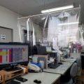 【コロナ飛散飛沫防止】オフィスのデスクを仕切る方法・作り方